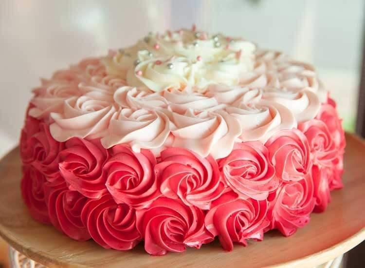 Changing trend of online cake services